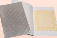 オリジナルデザインのノートサンプル一つ目、多目的ノートです。